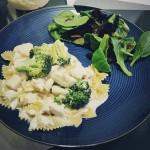 Recipe: Pasta with Chicken and Broccoli in Lemon-Garlic Sauce