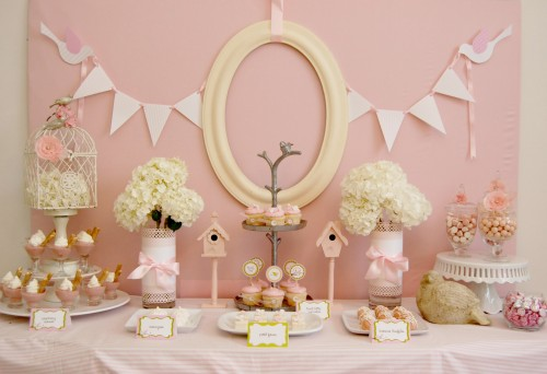 1st birthday parties in the age of pinterest mom in leggings