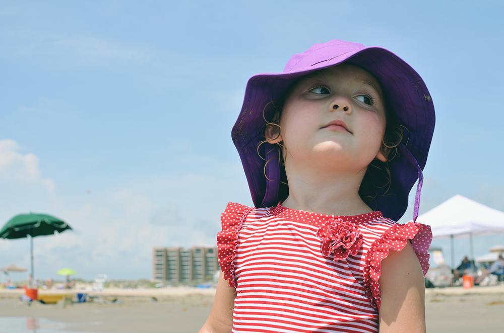 Isla at the beach