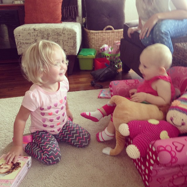 Isla and Leighland meet for the first time